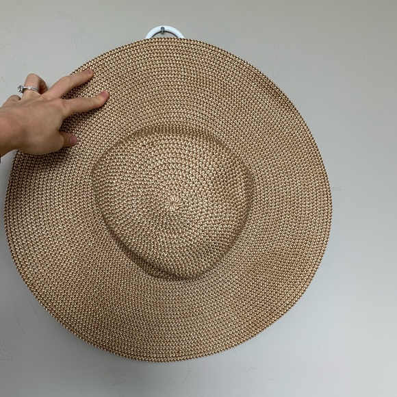 bp Accessories - BP floppy hat only worn once
